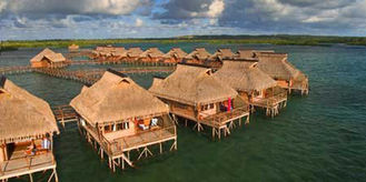 China Gelber Overwater-Bungalow fournisseur
